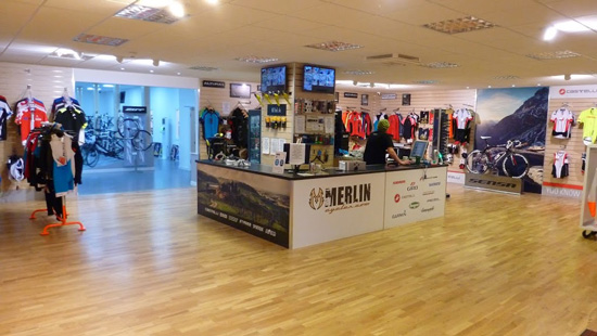 Merlin Cycles was established in the year It has been in the running for 2 decades and in this time span it has established itself as one of the longest running online bike store in the United Kingdom.